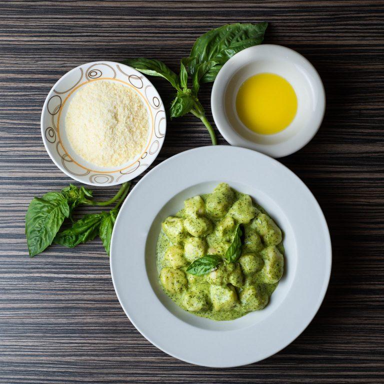 Gnocchi al Pesto, with ingredients - top view